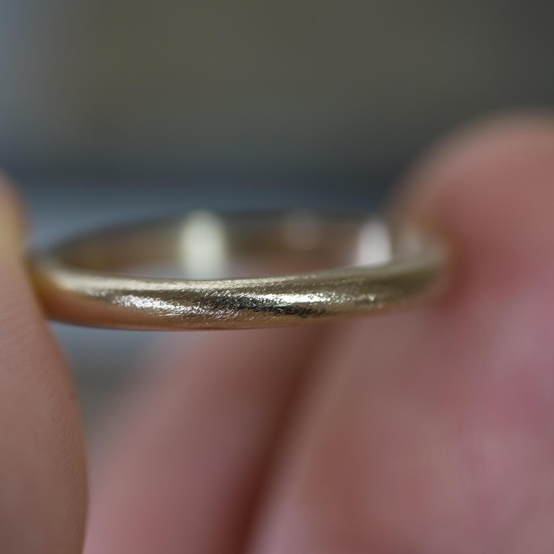 場面2 オーダーメイドマリッジリングの制作風景 ジュエリーのアトリエ ゴールドリング  屋久島でつくる結婚指輪