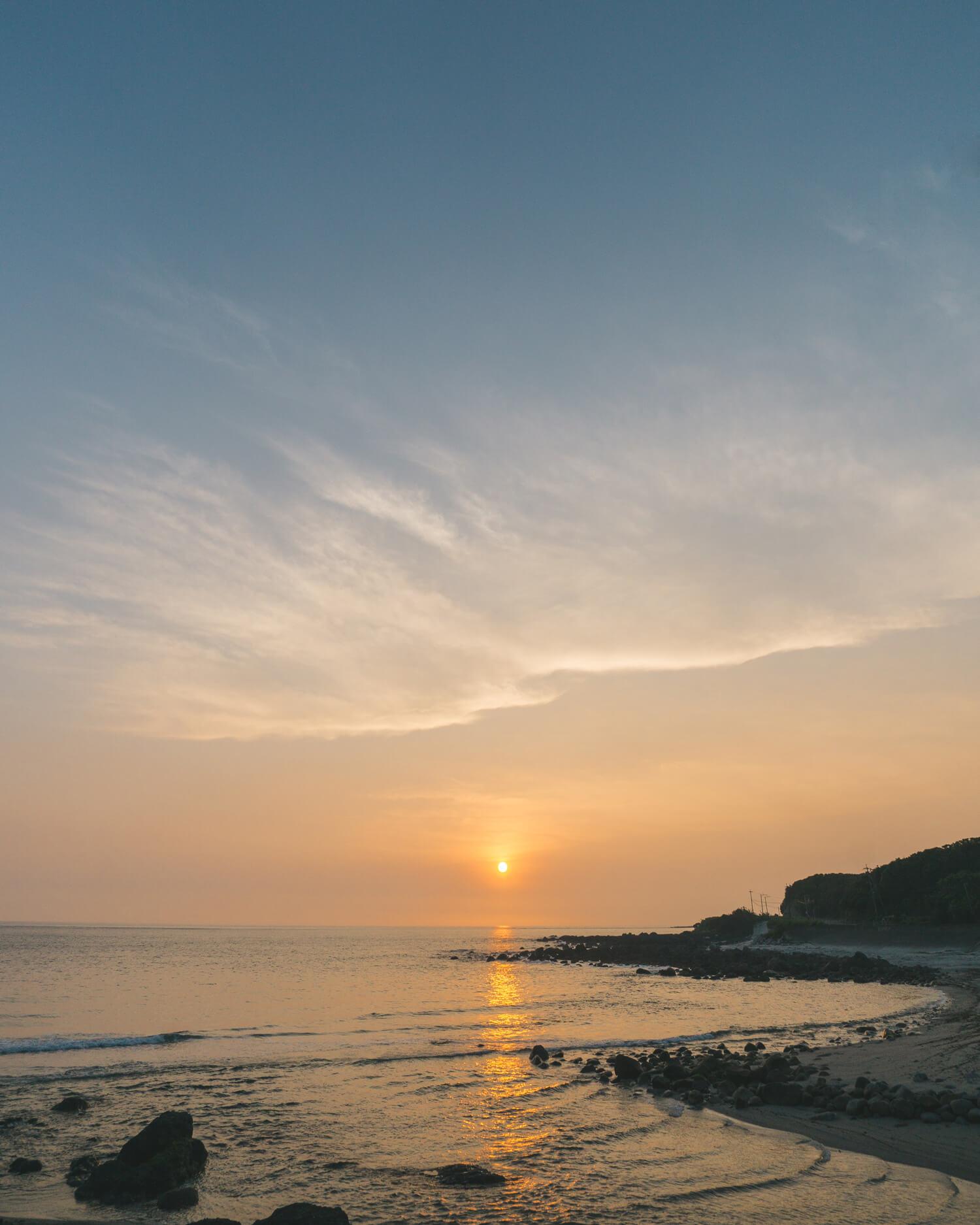 屋久島の海、夕暮れ 屋久島海とジュエリー オーダメイドマリッジリングのモチーフ 屋久島でつくる結婚指輪