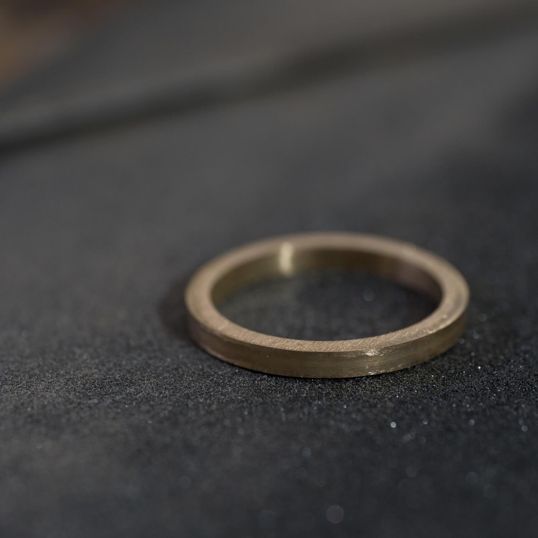 場面4 場面2 オーダーメイドマリッジリングの制作風景 屋久島ジュエリーのアトリエ ゴールド 屋久島でつくる結婚指輪