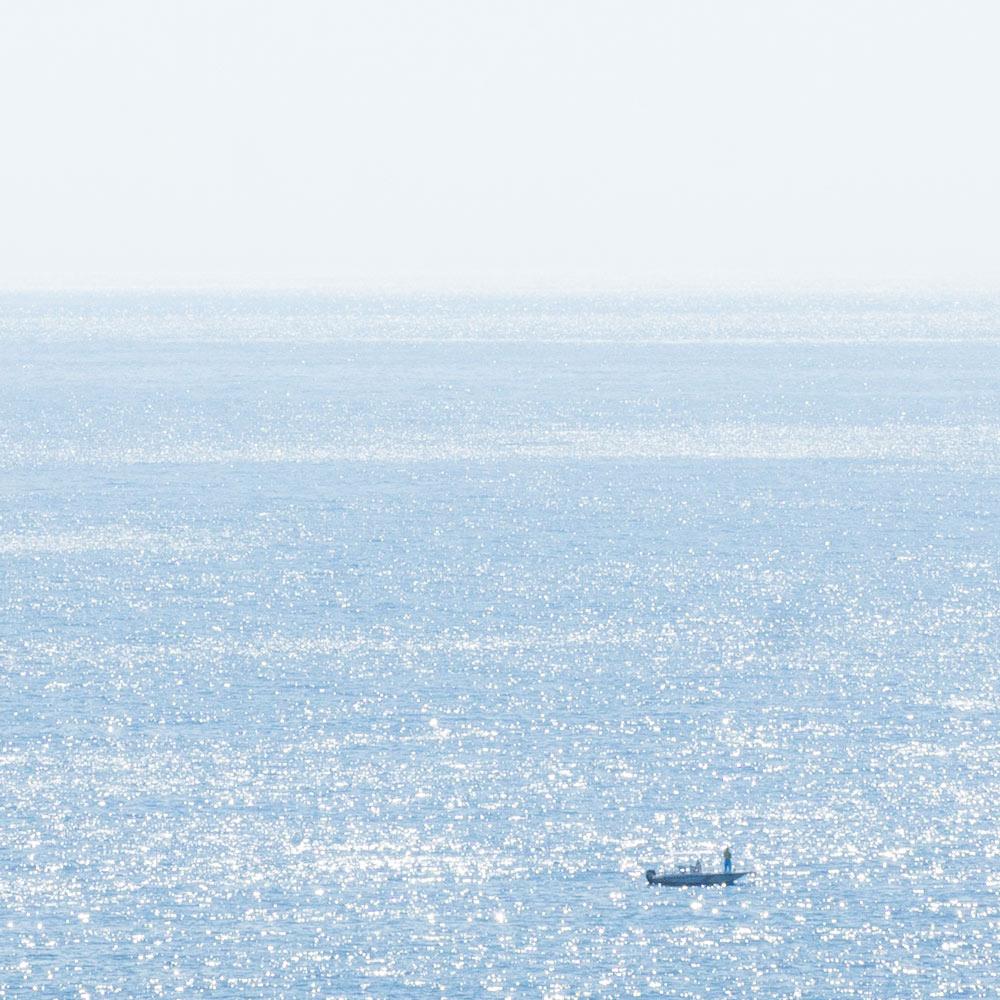 屋久島の海、船、キラキラ 屋久島日々の暮らしとジュエリー