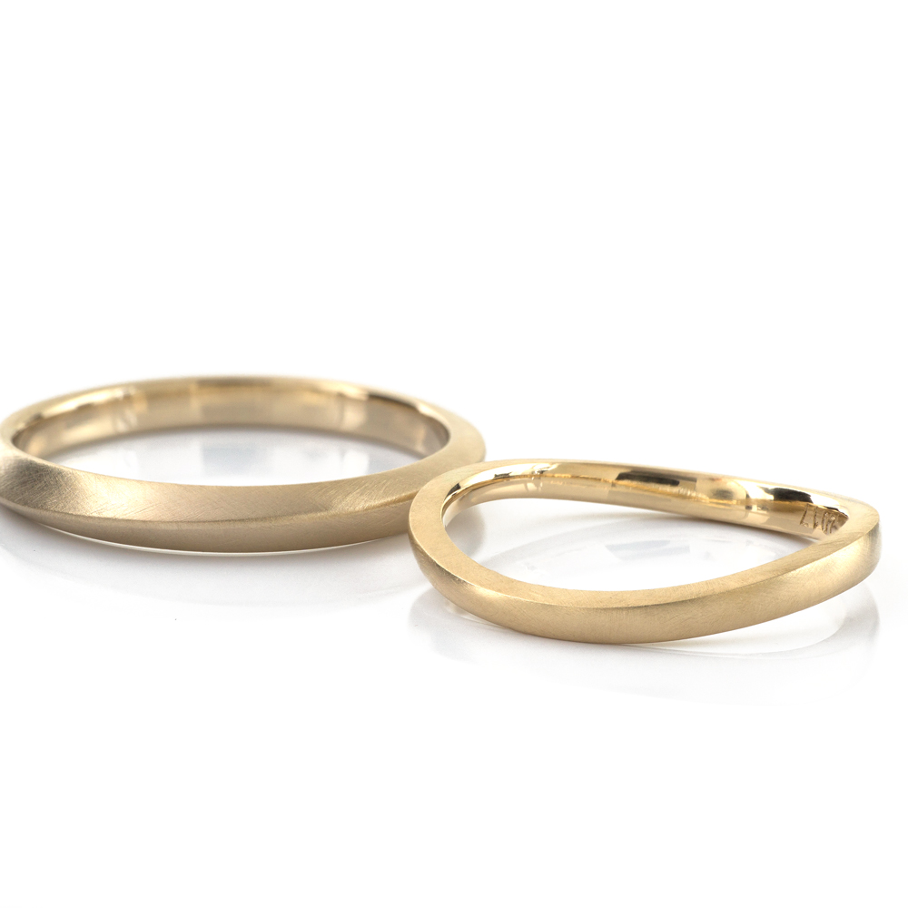 オーダーメイドマリッジリング ゴールド 屋久島の山と海モチーフ 屋久島で作る結婚指輪