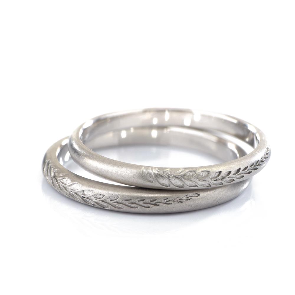 オーダーメイドマリッジリング 白バック プラチナ 屋久島のシダ模様 屋久島で作る結婚指輪