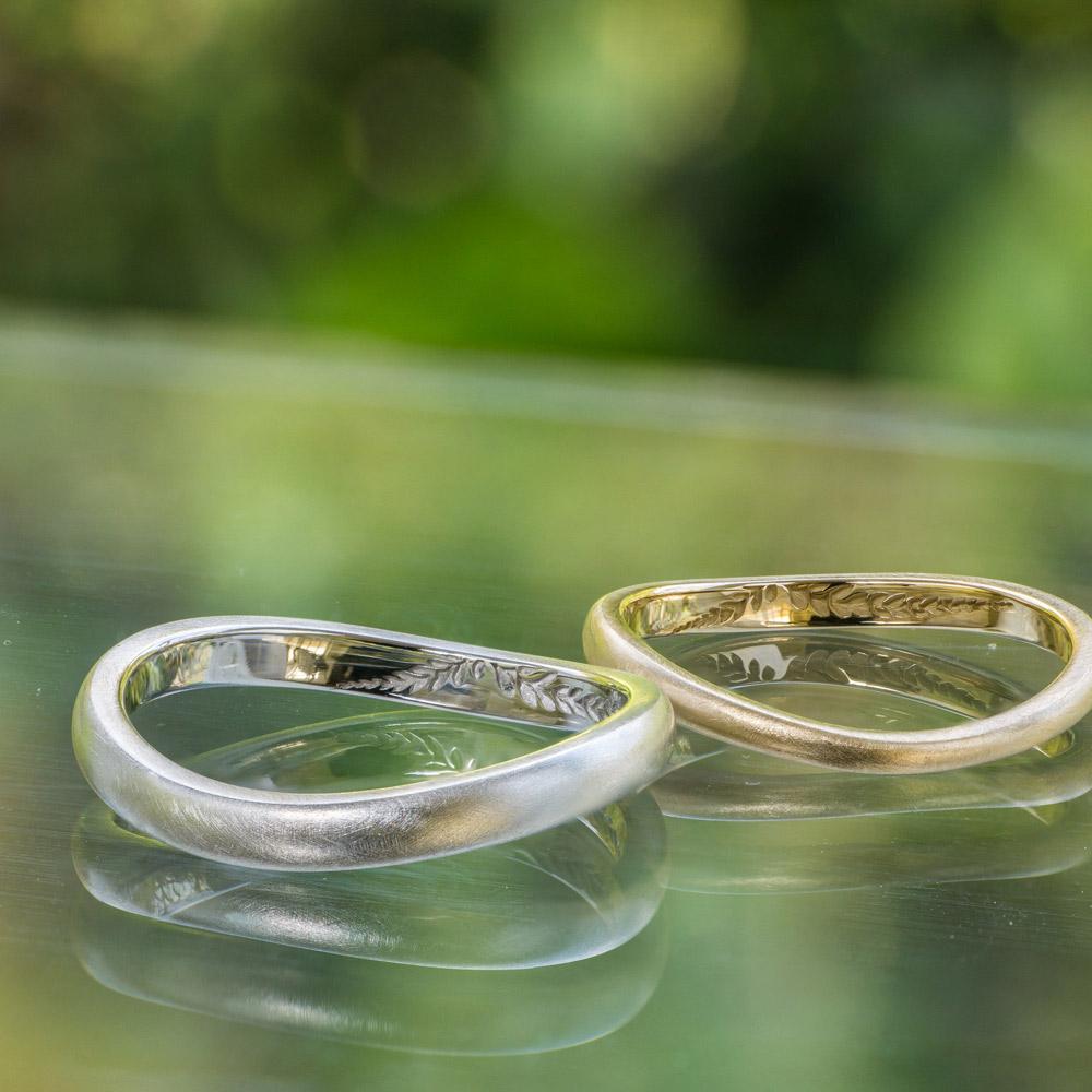 オーダーメイドマリッジリング屋久島のシダモチーフ 屋久島の緑バック プラチナ、ゴールド 屋久島で作る結婚指輪