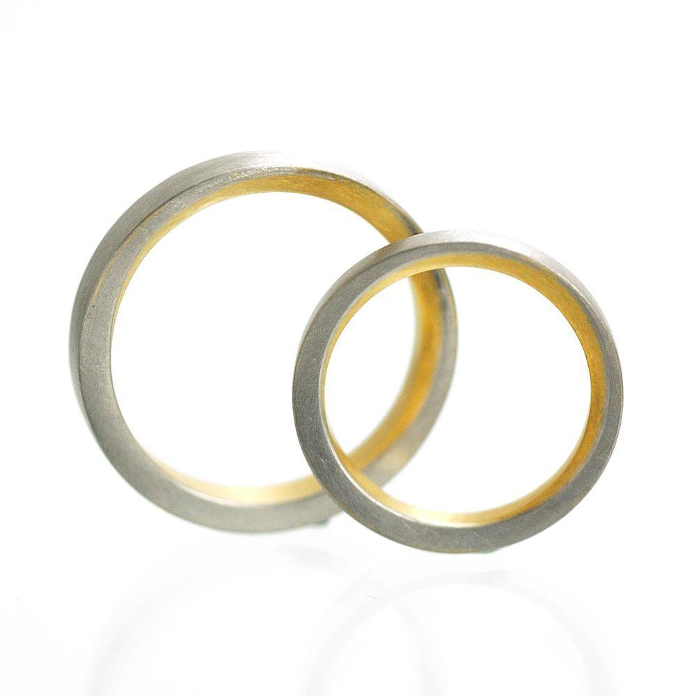 白バック 屋久島で作る結婚指輪 プラチナ、ゴールド