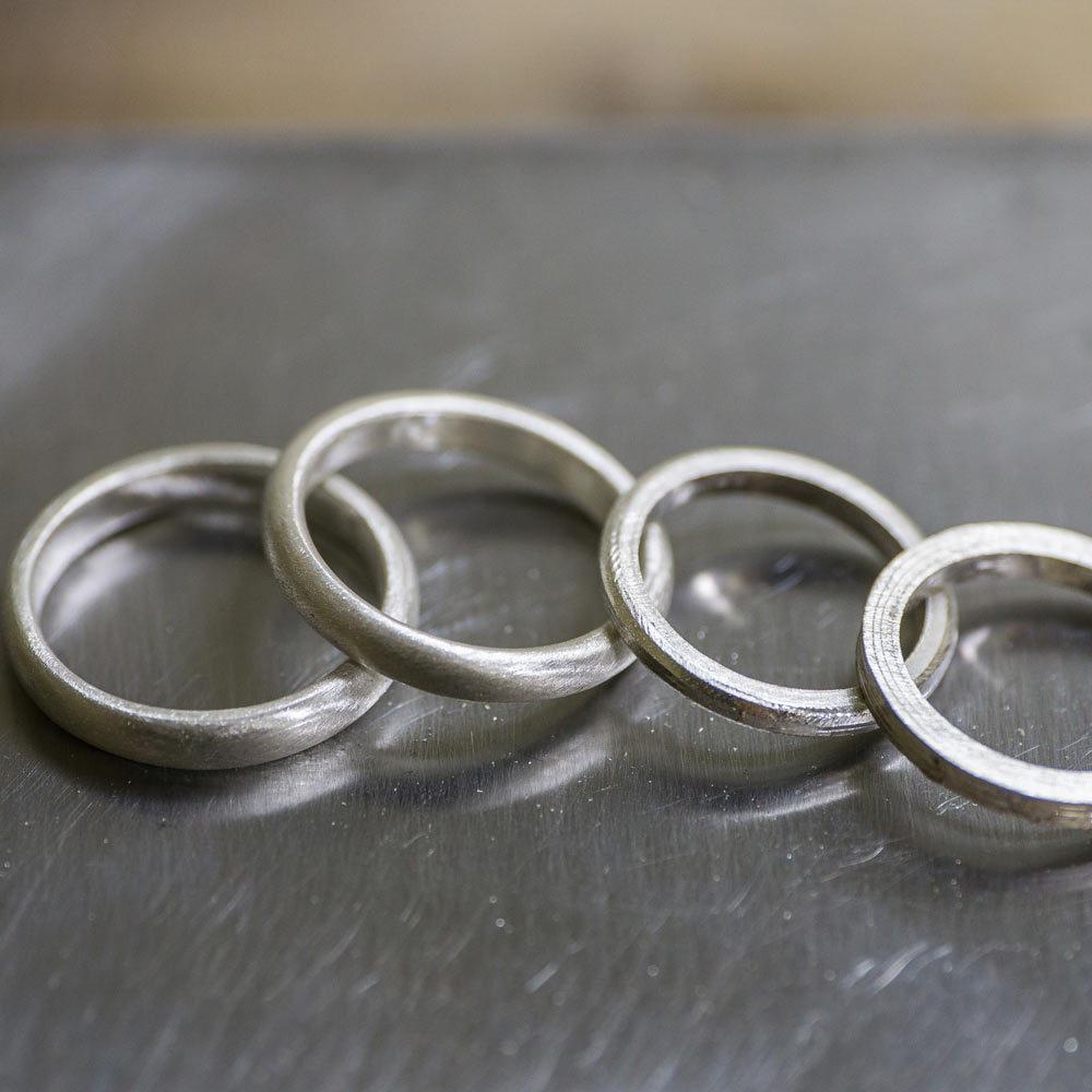 結婚指輪のサンプルリング 作業場 シルバー
