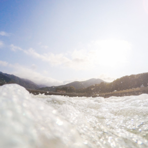 屋久島の海から見る山々