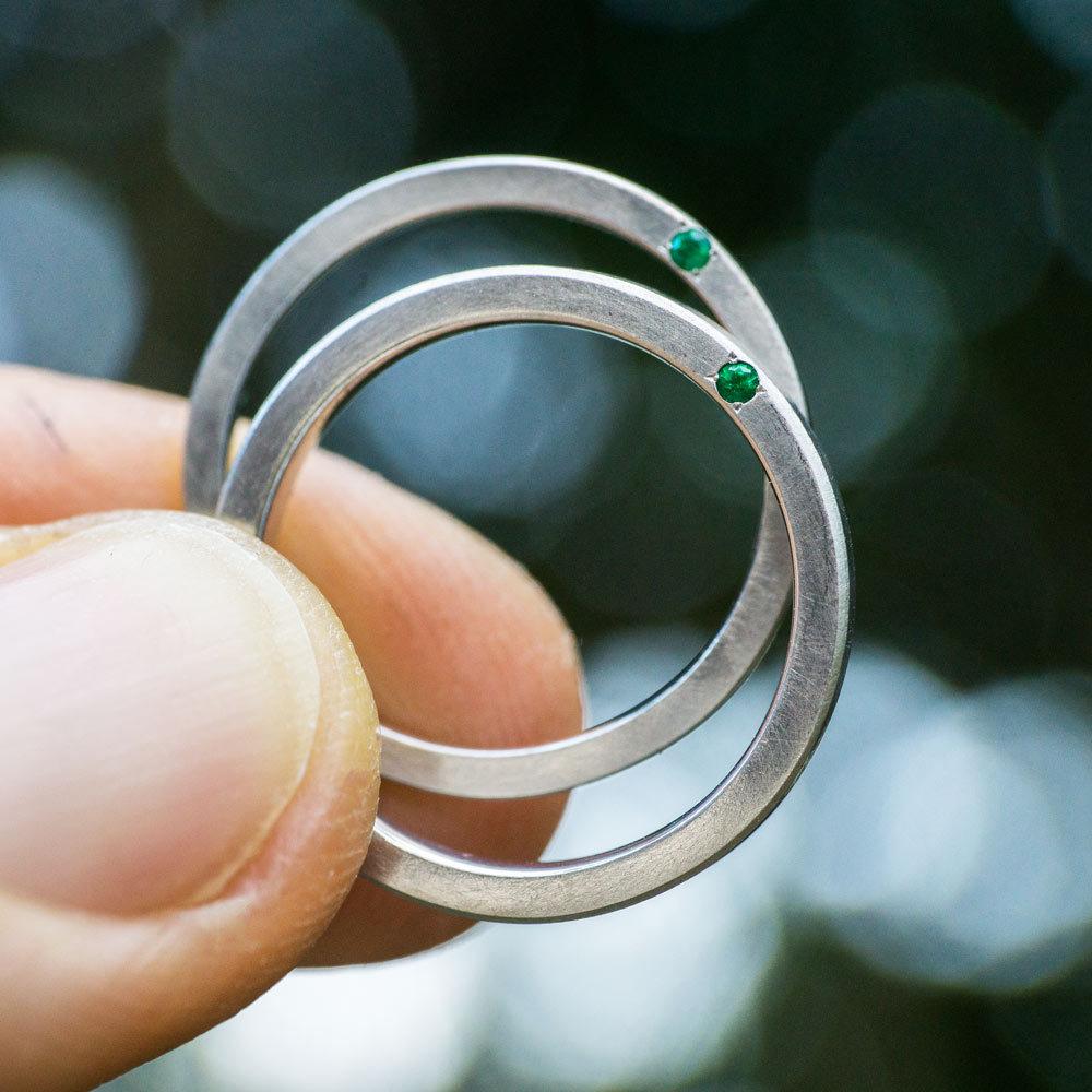 オーダーメイドマリッジリング プラチナ、エメラルド 屋久島でつくる結婚指輪