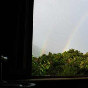 ジュエリーのアトリエから 屋久島の虹