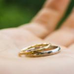 オーダーメイドのマリッジリング 手のひら ゴールド、プラチナ、ダイヤモンド 屋久島でつくる結婚指輪