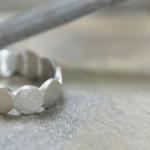 ジュエリーの制作風景 プラチナリング 屋久島でつくる結婚指輪