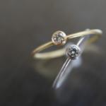 ハンドメイドのプラチナリング、ゴールドリング 作業台の上から俯瞰 ダイヤモンド 屋久島でつくる婚約指輪