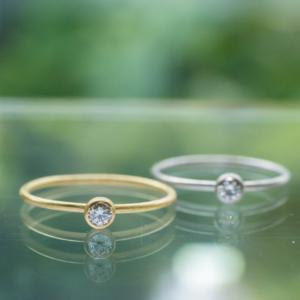 ゴールドリング、プラチナリング 屋久島の緑バック ダイヤモンド