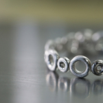 プラチナリング 製作中 クローズアップ 屋久島でつくる婚約指輪