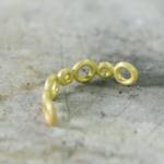 ジュエリーの制作風景 ゴールドのリング 屋久島でつくる婚約指輪