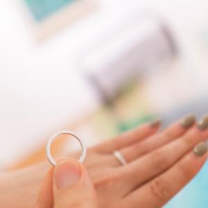 シルバーリング 結婚指輪のサンプル メンズとレディース