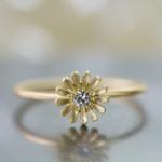お花のリング 屋久島のツワブキモチーフ ゴールド、ダイヤモンド