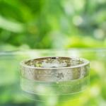 オーダーメイドお花柄の指輪 屋久島の緑バック シルバー、ダイヤモンド